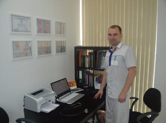 Максим Сергеевич на работе